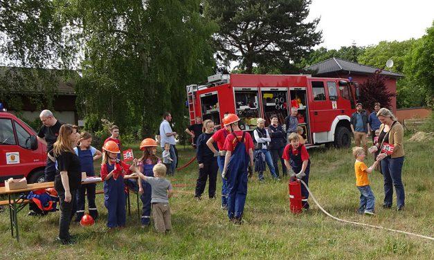 Dank an die Feuerwehr  Neu Fahrland