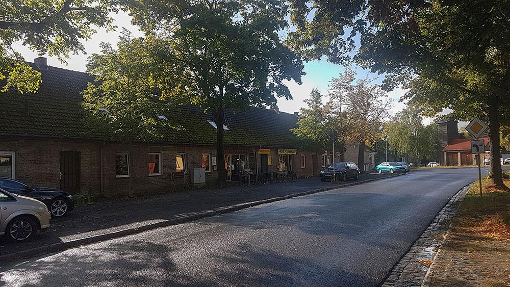 Neugestaltung des Bürgersteigs im Ortskern Fahrland