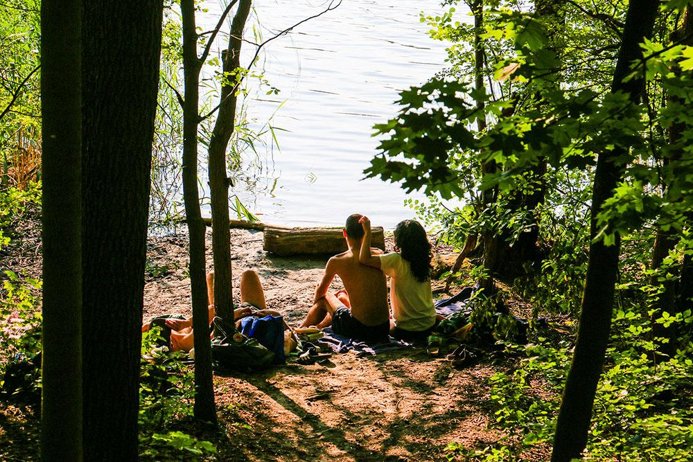 Baden ist im Sommer schön, nur muss man sich in einem Naturschutzgebiet dabei auch an die Regeln halten