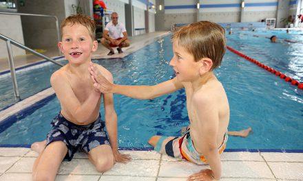 """Mit den """"Wellenreitern"""" schwimmen lernen"""