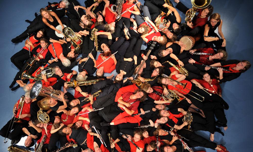 Das Berliner Frauenblas-orchester wird zum Internationalen Frauentag im Hans-Otto-Theater auftreten.