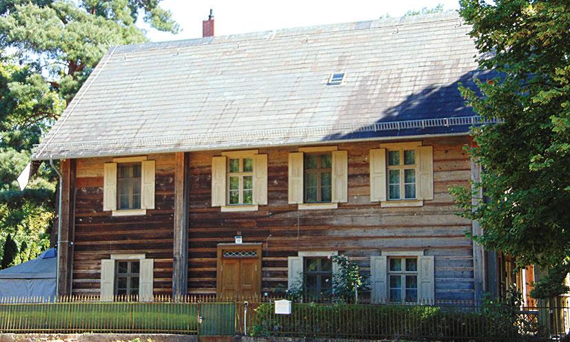 Das ehemalige Königlichen Teehaus wird heute vom Erzpriester bewohnt