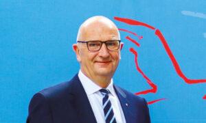 Für Ministerpräsident Dietmar Woidke war die Verleihung eine der angenehmen Aufgaben in diesem Jahr, bei der er das Engagement der Geehrten besonders hervorhob und zum Nachahmen aufrief.