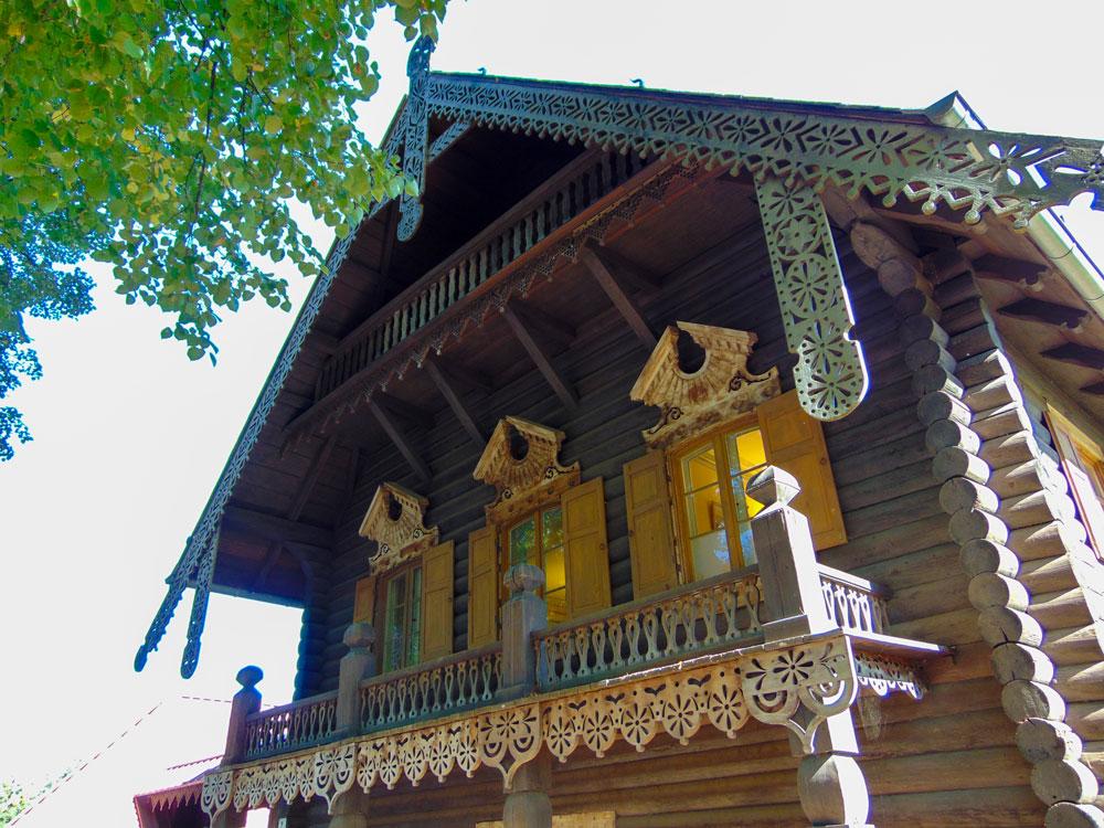 In diesem Haus befindet sich heute das Museum Alexandrowka.