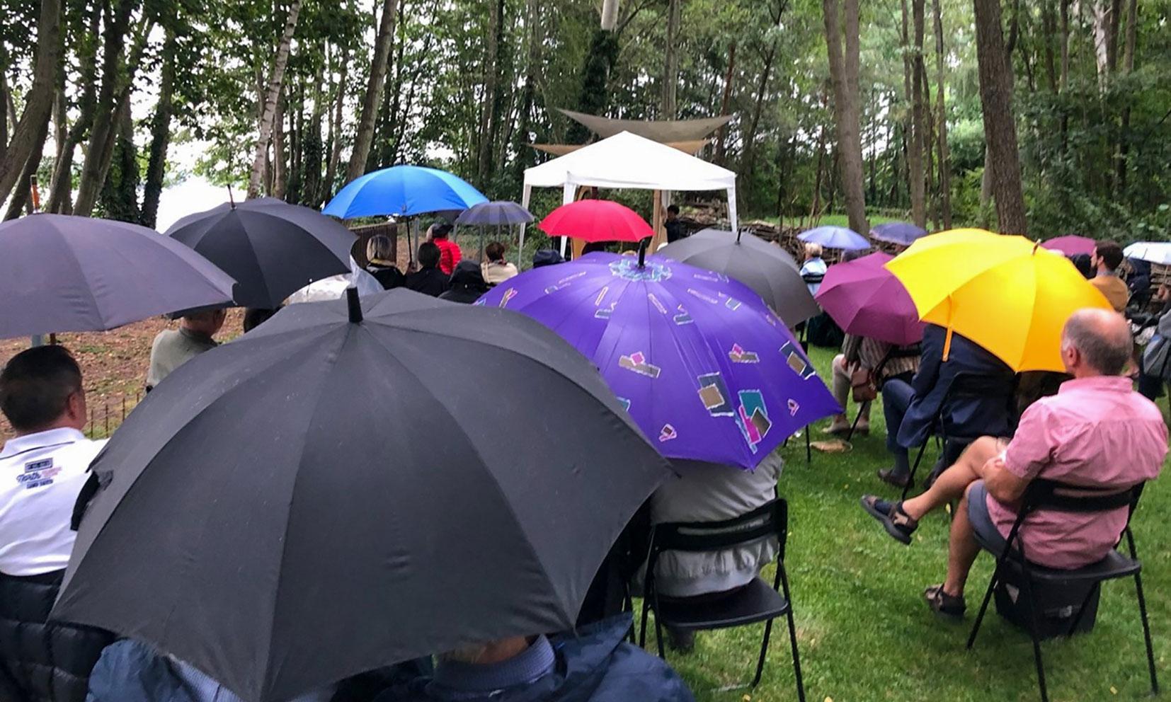 Der Regen konnte den Musikgenuss im Salon B nicht trüben.