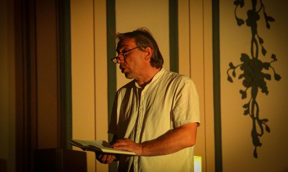 Veikko Bartel liest Grauenvolles mit Humoreinlagen...
