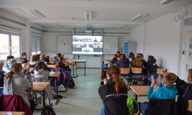 "Vorlesetag 2.0 an der ""Schule am Schloss"""
