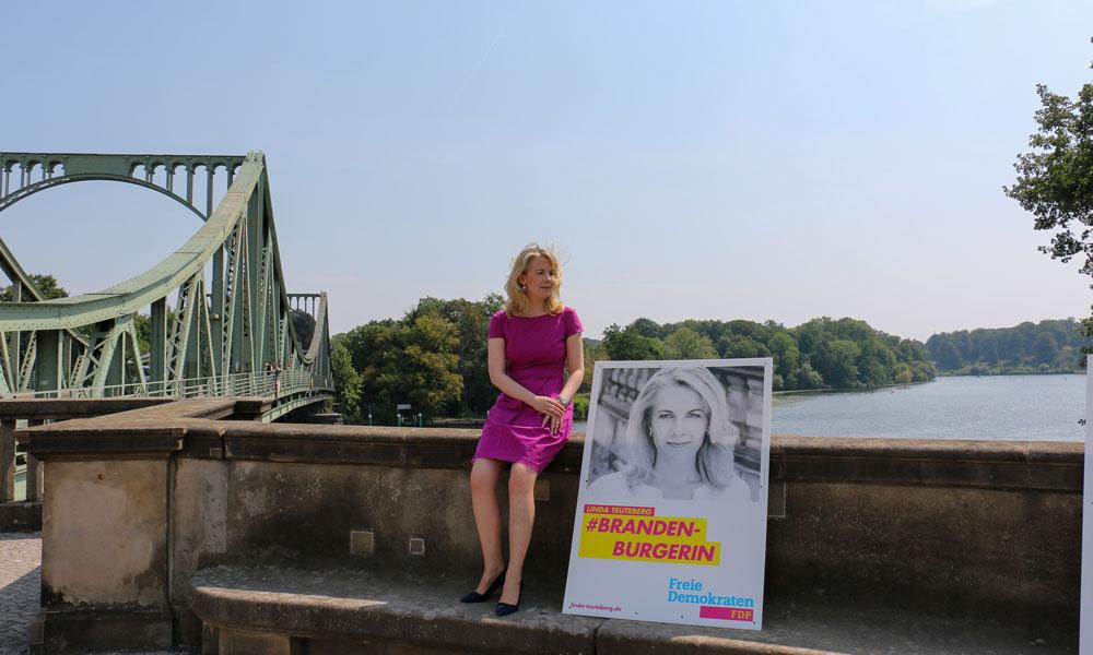 Linda Teuteberg kennt Potsdam wie ihre Westentasche.Mit viel Energie, einem breiten Programm und starken Argumenten möchte sie die Wählerinnen und Wähler  überzeugen.