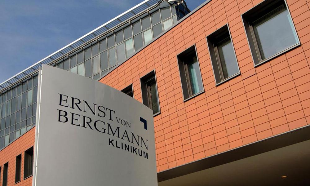 2020 hatte das Ernst-von-Bergmann-Klinikum überdurchschnittlich viele Corona-Todesfälle zu verzeichnen